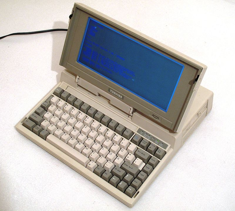 Toshiba T1200 / By Echtner - Own work, CC BY 3.0, https://commons.wikimedia.org/w/index.php?curid=9446527